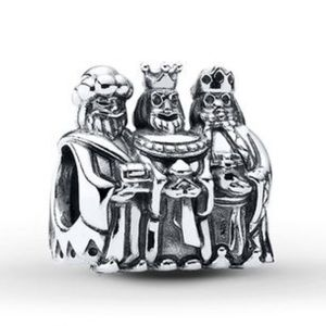 Pandora 3 kings lot of 2 RETIRED